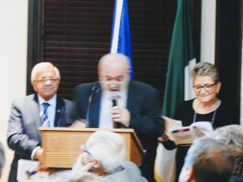 Qui la regione Campania viene rappresentata dal Prof. Franco Iaderosa che legge una bellissima poesia scritta da lui e il Cav. Lia Adelfi, Presidente della Società Dante Alighieri del Michigan recita qualche proverbio napoletano.